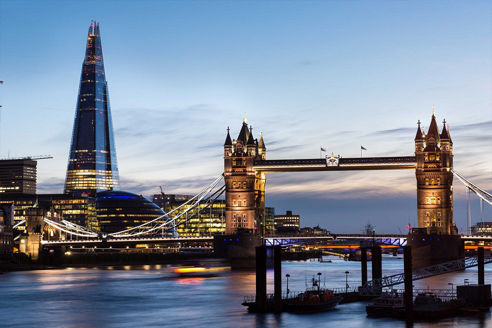 View Shangri La Hotel at Shard London